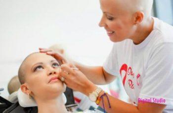 Dia de Beleza para aumentar a Autoestima de pacientes com Câncer