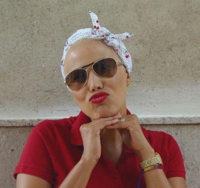efeito-colateral-careca-semcabelo-quimioterapia-beleza-maquiagem-autoestima durante o tratamento de câncer