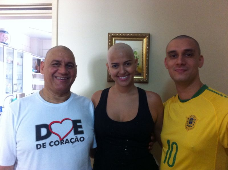 cancer-mama-nodulo-maligno-carcinoma-ductal-infiltrante-cancro-quimiterapia-mastectomia-radioterapia-efeito colateral-careca-auto estima-lenco-peruca-carinne (30)