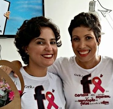 linfoma de Hodgkin-câncer osseo-quimioterapia-mulher-careca-sem cabelo