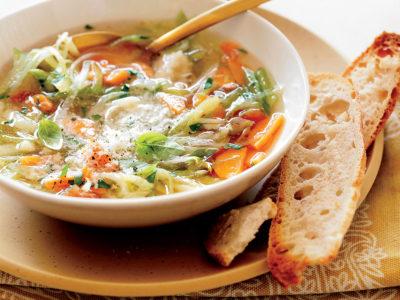 Receitas de Sopas e Caldos Nutritivos